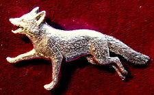 La chasse en étain Fox exécutant Broche Pin qualité fox