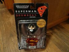 DC DIRECT--SUPERMAN DOOMSDAY--SOLAR SUIT SUPERMAN FIGURE (NEW)