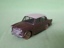 DINKY TOYS 531 FIAT 1200 GRANDE VUE  RARE SELTEN IN GOOD CONDITION