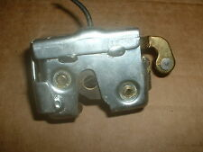 HYUNDAI ACCENT COUPE 95-99 1.3L, LEFT HAND REAR SEAT BACK LOCKING CATCH