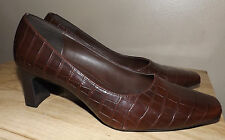 DIANE LAWRENCE BROWN WOMENS PUMP DRESSY CASUAL SHOES SZ 8.5M EXCELLENT COND