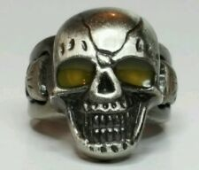 MENS**SKULL/DEVIL BIKER RING**YELLOW EYES LIGHT UP** HUGE** SIZE 10