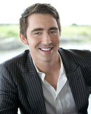 Pace, Lee [Pushing Daisies] (37003) 8x10 Photo