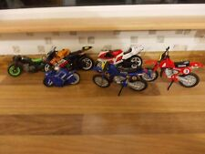 Lot 2 Toy/Model Motorbikes X 4 + 2 small ones.