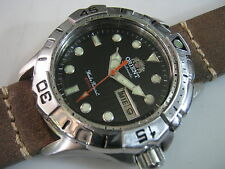 Classic ORIENT EM2Z-E0  DIVER 200M Automatic Day Date Men's Watch Collections