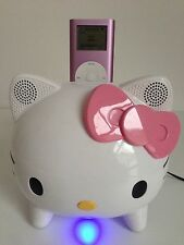 Apple iPod Mini 2nd Generación Rosa (4 GB) mp3 y Hello Kitty base de altavoces