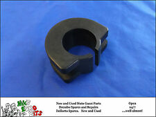 MOTO GUZZI  T3 / SP1000 / LEMANS / V35 / V50  FUEL TANK MOUNTING RUBBER - CENTRE