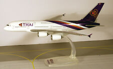 Thai Airways International Airbus A380-800 1:250 Herpa Snap-Fit 608732 A380 NEU