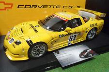 CHEVROLET CORVETTE C5-R #63 LE MANS 2001 au 1/18 AUTOart 80108 voiture miniature