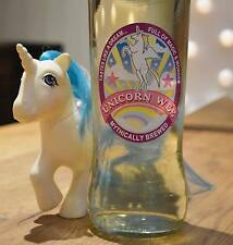 UNICORN WEE fun label for cider/lager/wine/prosecco joke gift present *rainbow*