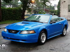 Ford : Mustang Convertible 5-SPEED! BRAND NEW TOP!