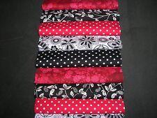 """40 X 5"""" paquete de encanto Rojo y Negro 100% Algodón Patchwork/Quilting/artesanías Presenetljivo"""