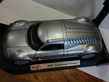 Maisto Audi Supersportwagen Rosemeyer Concept in 2000 1:18 Scale Diecast