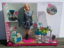 Barbie Fashion Fever Style Space House Computer Furniture 1/6 Set Diorama Doll