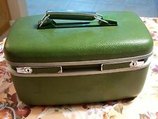 VINTAGE HARD TRAIN CASE-LOCK-KEY-WIG-COSMETIC-MIRROR-TRAY-BY TOWNCRAFT GREEN A-2
