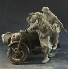 AC Models WW2 German Zundapp Riders 3 figures + stowage 75mm Unpainted resin kit