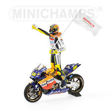 MINICHAMPS 021046 Honda RC211V model bike + Rossi figure 1st win MotoGP 02  1:12