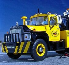 SALE / RARE -  1966 PENNZOIL MACK R600 Holmes Wrecker Tow -  First Gear