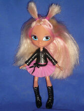 Bratz Kidz Cloe Doll ~ Blonde Hair with Pink Streaks & Clip On Outfit