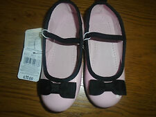 BNWT girls pink patent & black shoes from Mothercare. Size 10