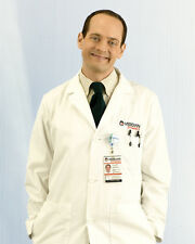 Slavin, Jonathan [Better Off Ted] (43300) 8x10 Photo