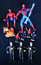 LOT DE FIGURINES TRAIN SUJET MINIATURE TINTIN DONALD SPIDER MAN MARVEL