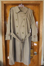 Burberry Men's Classic Khaki Tan Trench Coat w/ Removable Wool Lining 42R