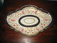 EARLY 19TH CENTURY LARGE BOAT SHAPE DISH PAINTED FLOWER GILDED DECORATION