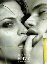 Publicité Advertising 2002  Parfum  ENVY de GUCCI pour femme