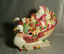 Royal Albert Old Country Roses Seasons of Colour Soc Santa Sleigh Tureen
