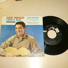ELVIS PRESLEY 45RPM RECORD WITH PICTURE SLEEVE-RCA 47-7850-dog on top