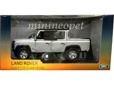 UNIVERSAL HOBBIES 3883 LAND ROVER DEFENDER 110 PICKUP DOUBLE CAB TDI 1/18 SILVER