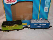 Lionel 6-81423 Thomas Friends Sodor Coal & Scrap Gondola 2 pack O 027 MIB New