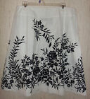 NWOT WOMENS j.h. collectibles WHITE W/ BLACK FLORAL PRINT LINED SKIRT SIZE 12