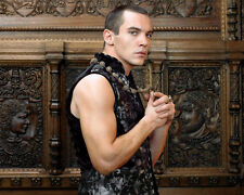 Rhys Meyers, Jonathan [The Tudors] (31680) 8x10 Photo