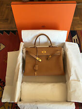 Hermès Kelly 35 bag in gold Ardennes with GHW