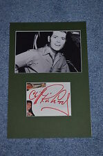 CLIFF RICHARD  signed Original Autogramm A4 In Person Passepartout