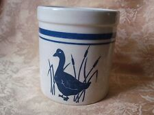 ROSEVILLE, OHIO POTTERY 1 qt CROCK - CREAM COLOR WITH BLUE DUCK AND STRIPE HEAVY