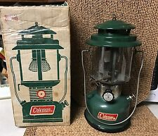 RARE Vtg 1971 Coleman 220F195 Green Lantern Orig Box 2 Mantle Floodlight +Extra