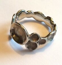 Stylish vintage Modernist brushed sterling silver circles ring