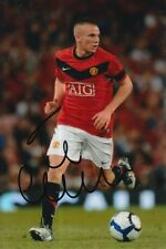 MANCHESTER UNITED HAND SIGNED TOM CLEVERLEY 6X4 PHOTO 1.