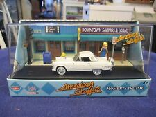 1:64 S Scale 1956 Ford Thunderbird & Downtown Bank American Graffiti Motor Max