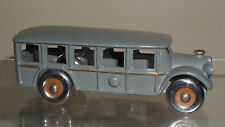 VINTAGE ARCADE CAST IRON BUS MODEL 1558 TOY CAR