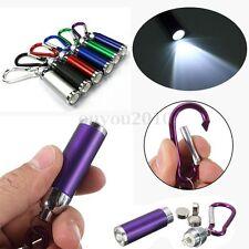 Mini Porte-Clé LED Lampe de Poche Torche Eclairage Mousqueton Portable + 3 Piles