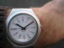 SWATCH IRONY RARE 1995 ALUMINIUM LOVELY WHITE DIAL RARE WATCH CASE BACK HAS WEAR