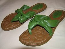 BOC Born Concept Green Knotted Twist Flat Thong Sandals - Womens 6   Excellent