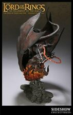Duel of Light and Fire Statue - Sideshow - Gandalf vs Balrog