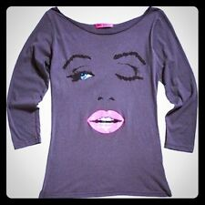 Betsey Johnson Large Grey Babe Face Wink Marilyn Monroe T-Shirt Top Long Sleeve
