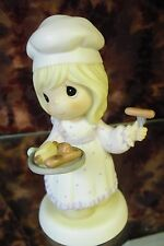 """Precious Moments-#742872""""You're A Real Barbe-Cutie"""" -Girl w/Hot Dogs - NEW"""