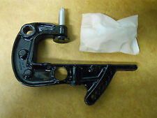 140-7374A2 NEW OEM MERCURY QUICKSILVER CLAMP BRACKET ASSEMBLY INVENTORY A03